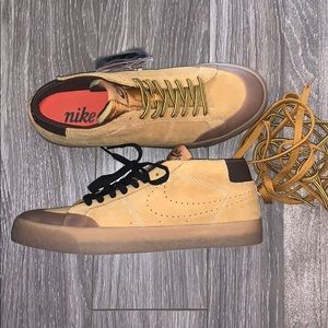 Nike SB sneakers brand new